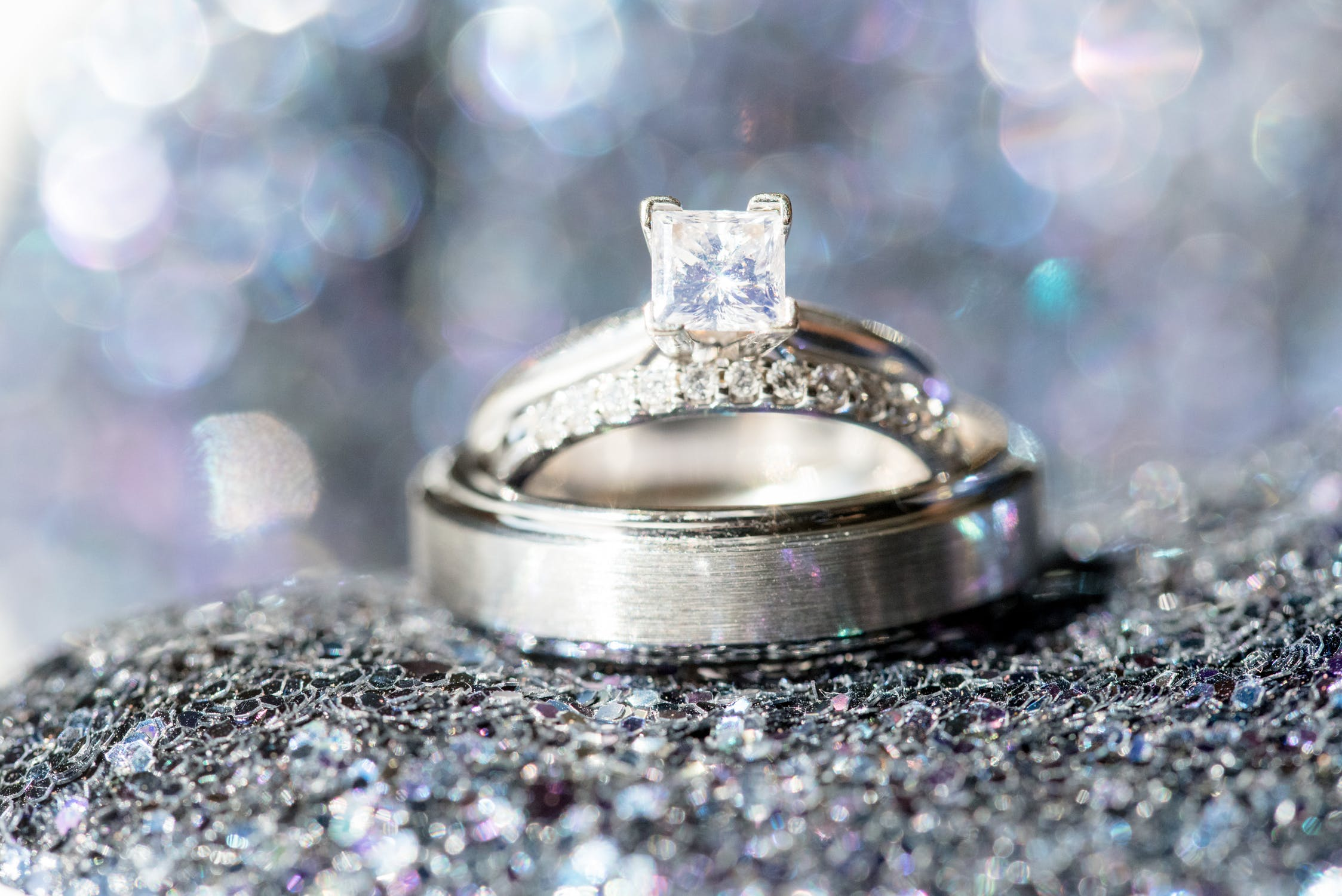 Christmas marriage proposal ring