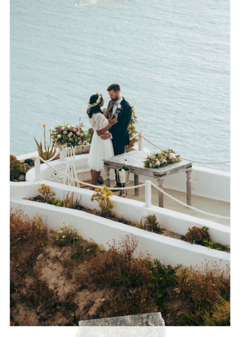 Cliff wedding for two in Santorini